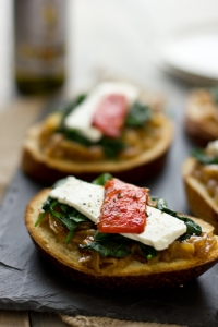 open_faced_sandwich_of_spinach_caramelized_onions_and_roasted_peppers