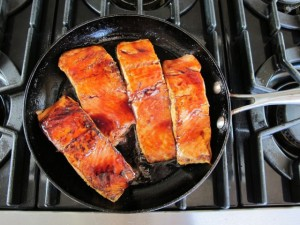 Pomegranate-Glazed-Salmon-4-640x480